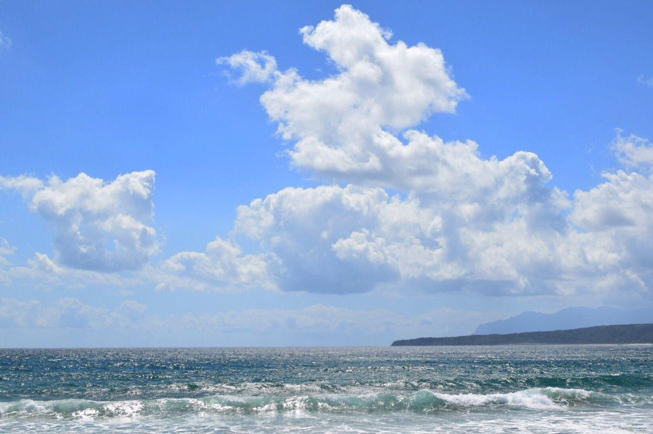 あ〜〜たらしい朝がきた〜〜🌞って、夏休み終わったやん💦💦 Hello World Enjoying Life Taking Photos Sea View Summer Views いつもの海 いつもの場所 キラキラ Beach View Nature Photography 9月もシクヨロです♬マイペースでいきます୧⃛(๑⃙⃘⁼̴̀꒳⁼̴́๑⃙⃘)୨⃛