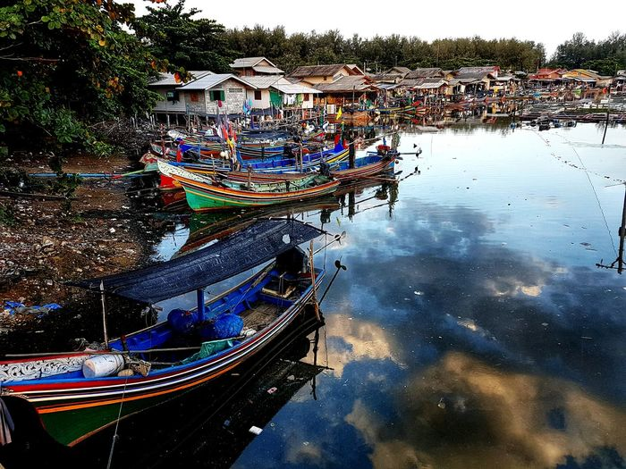 Nautical Vessel Transportation Water Boat Mode Of Transport Reflection Built Structure Moored Architecture House Lake Building Exterior River Waterfront Day Sky Outdoors Tranquility Nature Narrow