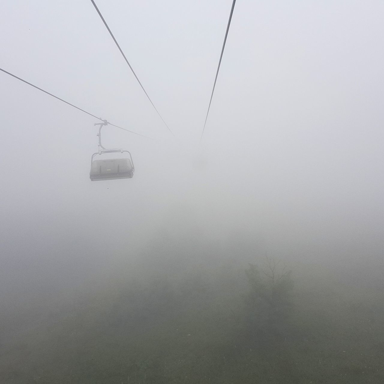 fog, foggy, nature, cable, overhead cable car, transportation, beauty in nature, no people, day, tranquil scene, winter, cold temperature, mist, scenics, outdoors, hanging, ski lift, sky, hazy, mountain