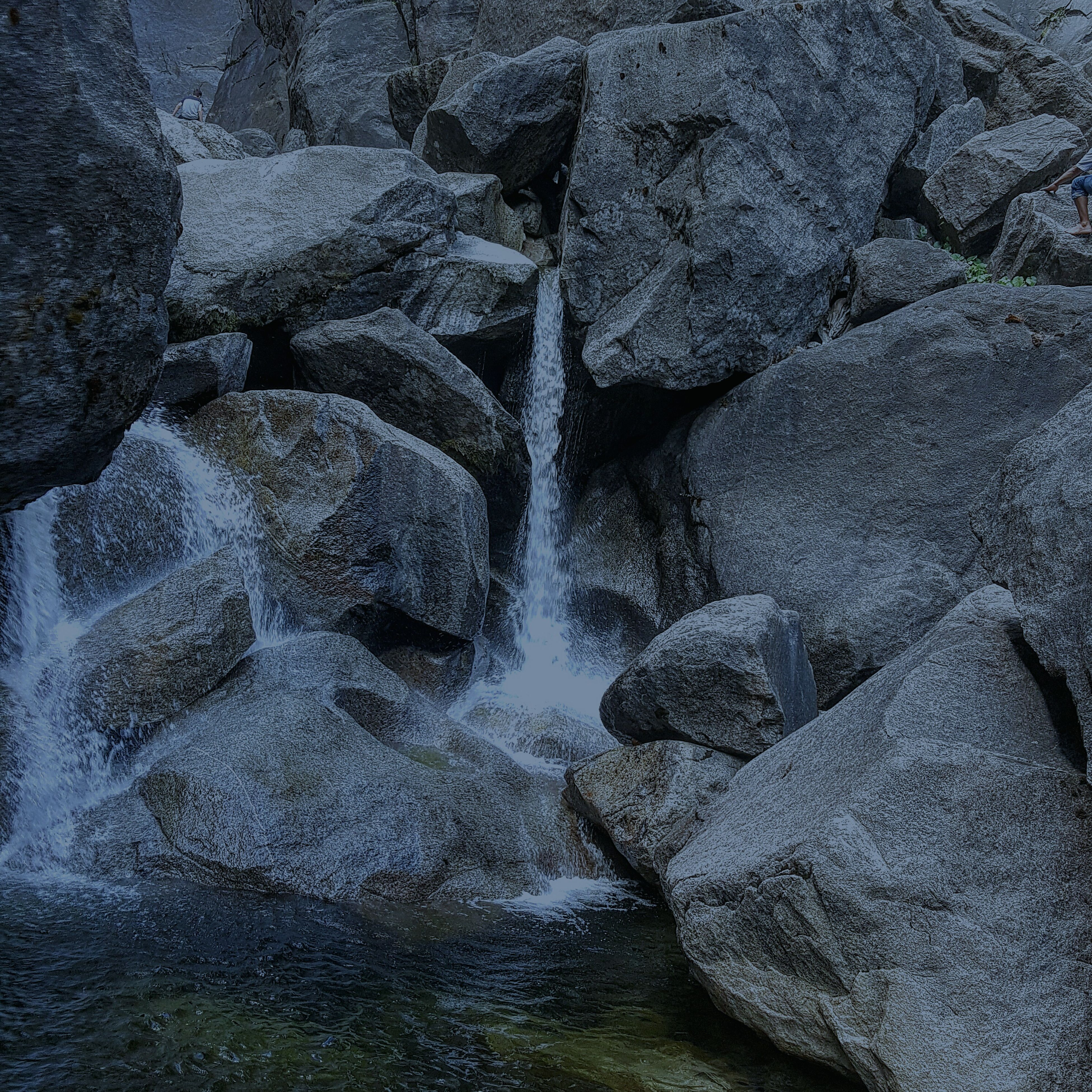water, rock - object, nature, high angle view, beauty in nature, flowing water, stone - object, waterfront, day, rock, tranquility, flowing, river, outdoors, no people, rock formation, motion, stream, scenics, stone
