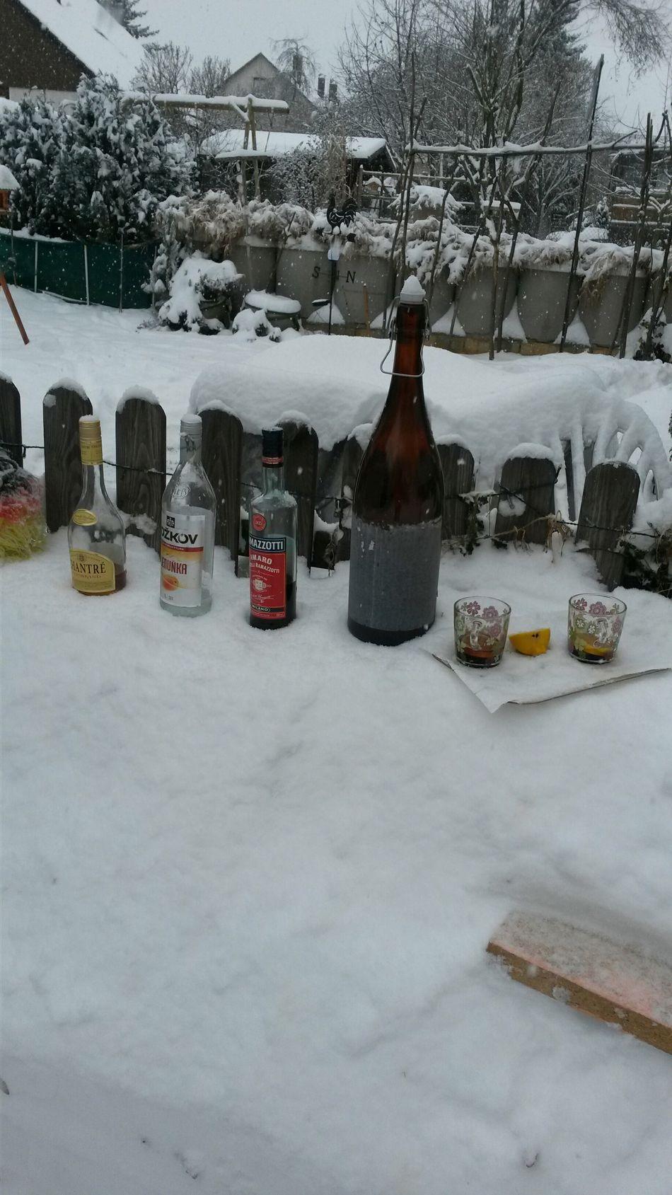 Schnee paar einweihunh 2014.30.12 Relaxing