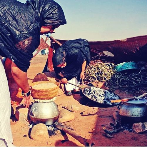 Women Cooking Women At Work Women Who Inspire You AfricanFood Africa Couscous Sahara Desert Niger Agadez Sahara