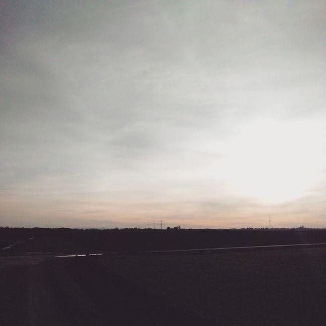 Unterwegs im Lechfeld. Augsburg Lechfeld Ruhe Sundown winter panorama vscocam sunset sunrise sun pretty beautiful red orange pink sky nature clouds horizon photooftheday instagood gorgeous warm view night morning silhouette instasky all_sunsets
