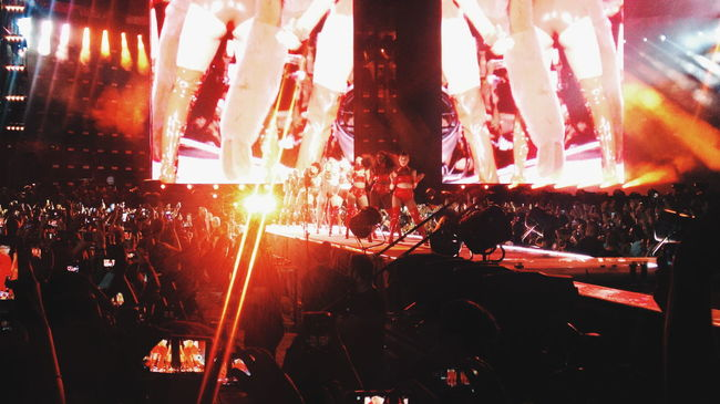 Horizontal Stage Music Performance Red Beyhive  Beyonce Milano Italy Formation World Tour VSCO Vscocam Concert Dancers Dance Stage Arts Culture And Entertainment Ligts Concert Photography