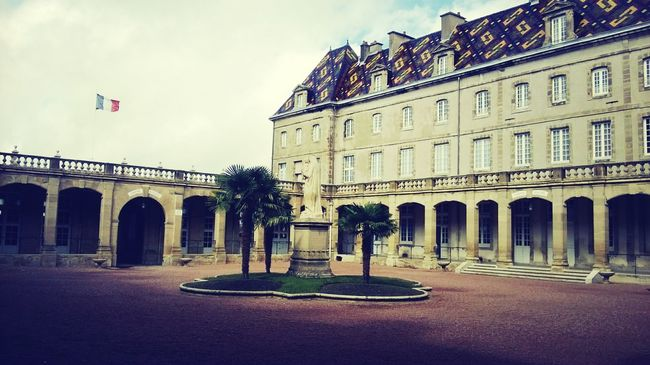 Architecture Lycée Magnifique