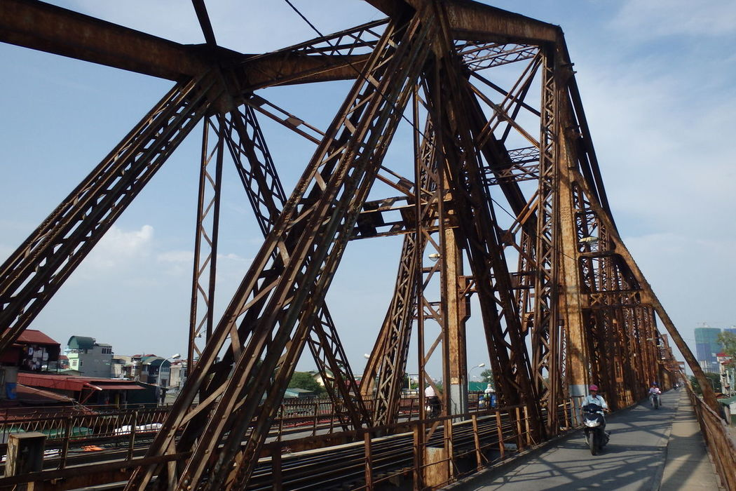 Train & bridge in Ha Noi, Vietnam Architecture Hanoi Long Bien Bridge Metal Paul Doumer Paul Doumer Bridge Railroad Railway Train Vietnam