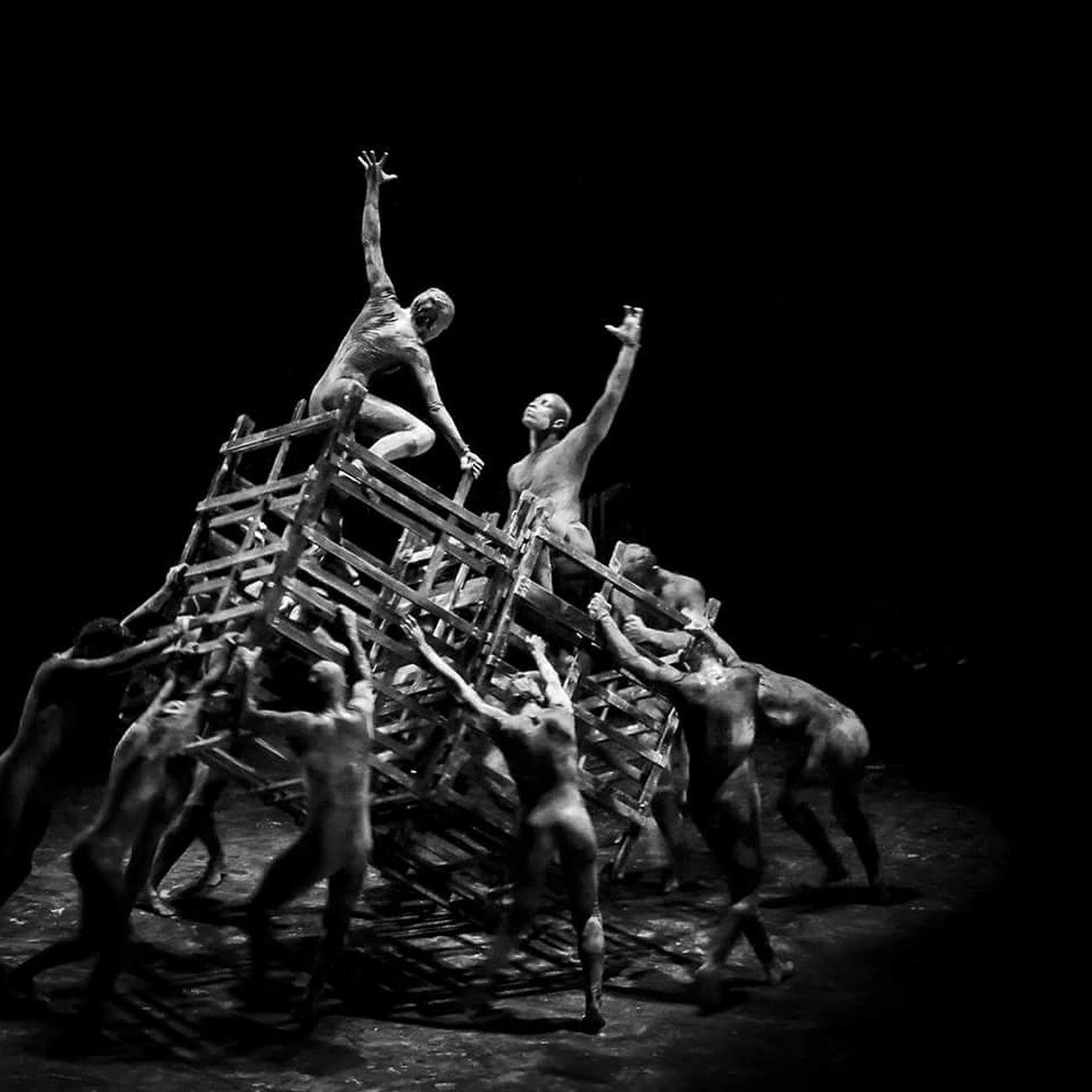 Black Background Arts Culture And Entertainment People Bnw Photography Deboracolker Deborah Dancers DANCE ♥ Espetaculo