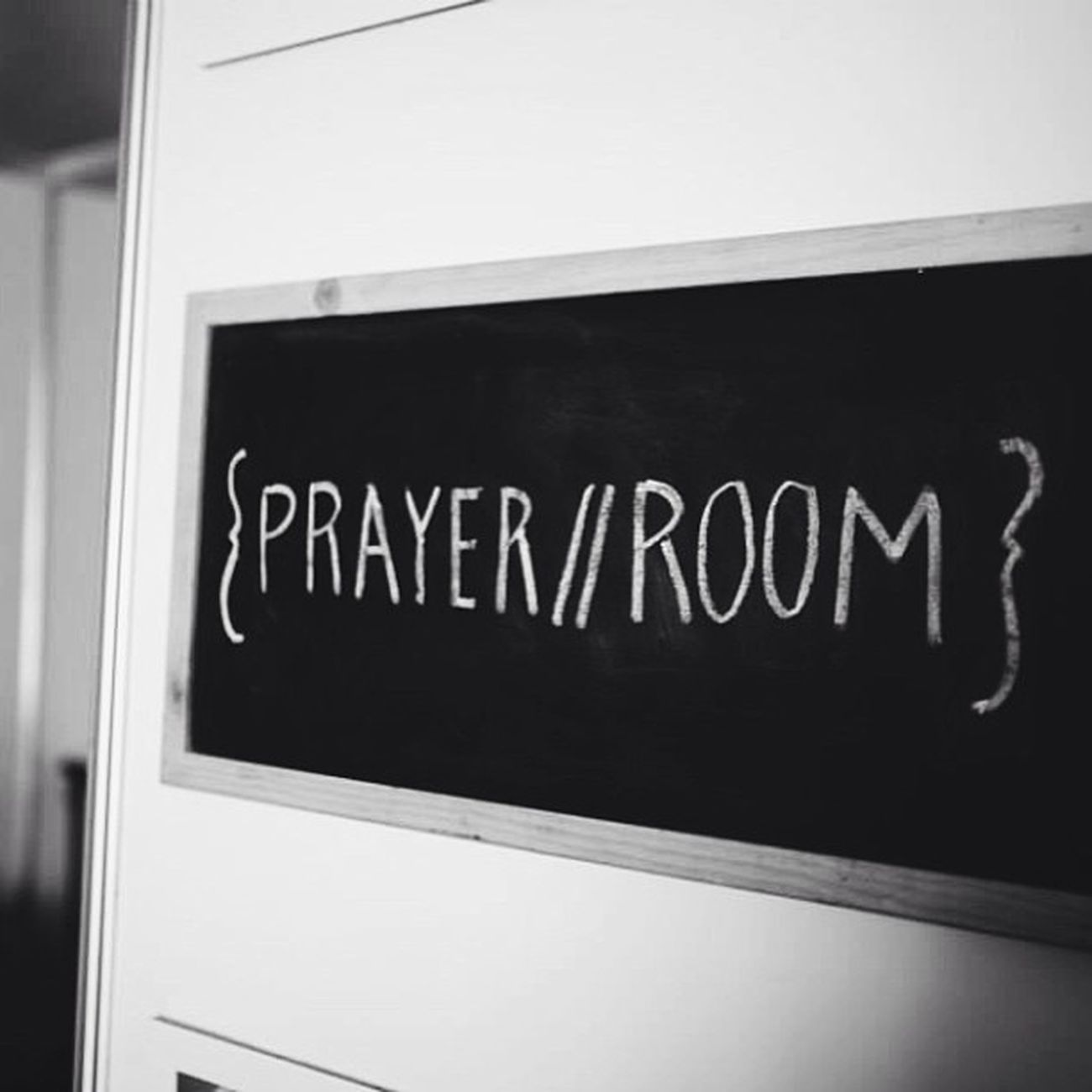 @micah_challenge Halvepovertyby2015 prayer room at Hillsongconf Vscocam Bnw
