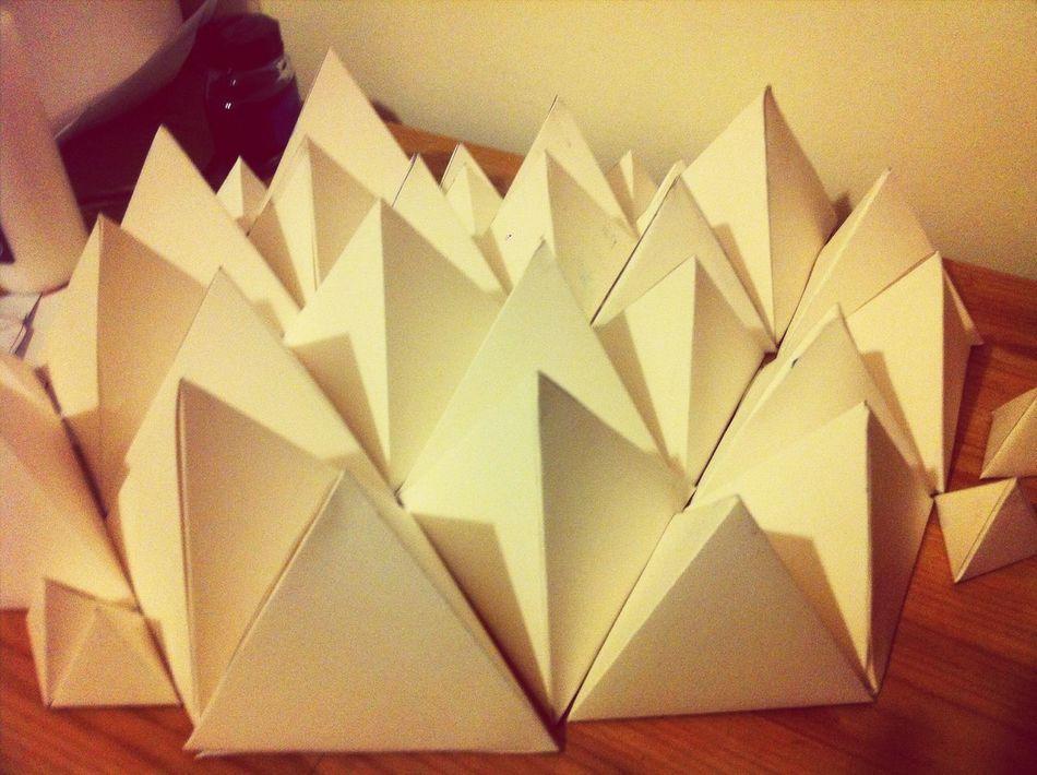 DIY geometric paper triangle!