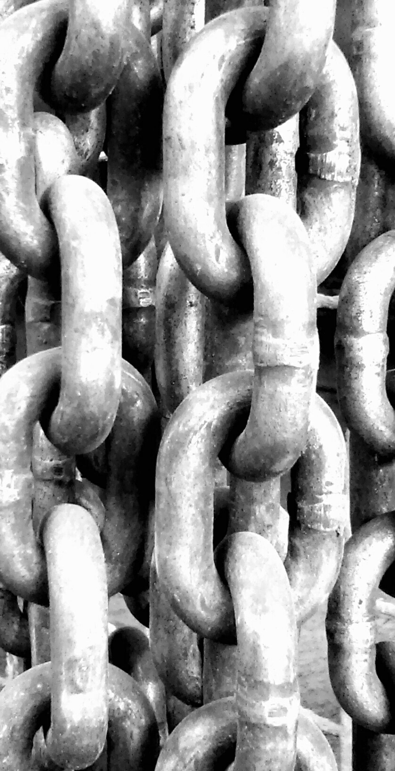 Chained Chain Blackandwhite Black And White Black Dark Factory Hanging Out Hi! Link LinkedIn Linked Grunge