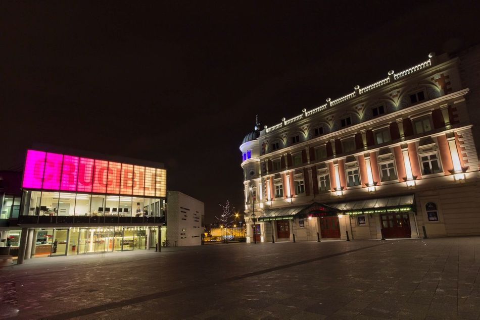 Sheffield Theater Crucible Nightphotography Streetphotography Landscape Long Exposure