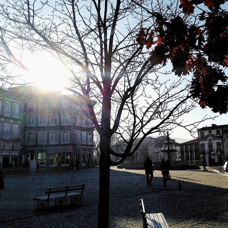 Morning glory. Home Guimarães Homesweethome Beautiful Sunnydays Sun Sunshine Landscape Landscape_lovers Cidadeberco City CidadeLinda Iggers Iggersoftheday Igersportugal Ig_worldclub Instadayly Instagramers Instapic Instagram Insta Igs Igs_photos Igersoftheday IGDaily