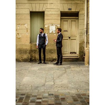 Paris Streetlife Streetphotographyparis Streetphotography Street Paris Fujifilm Streetphotographers