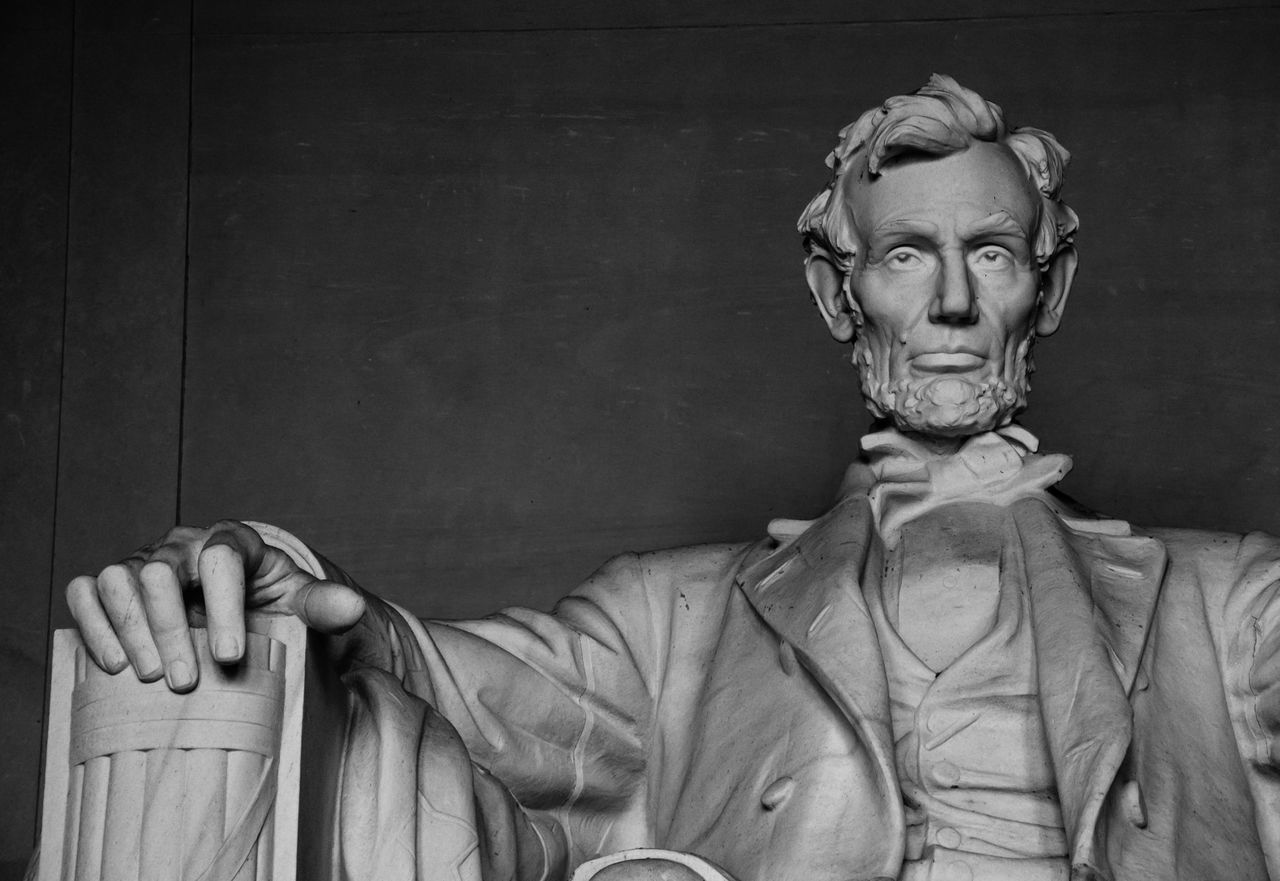 An Example of how to Lead Abraham Lincoln Famous Place History Lincolnmemorial Memorial Monuments President Statue War