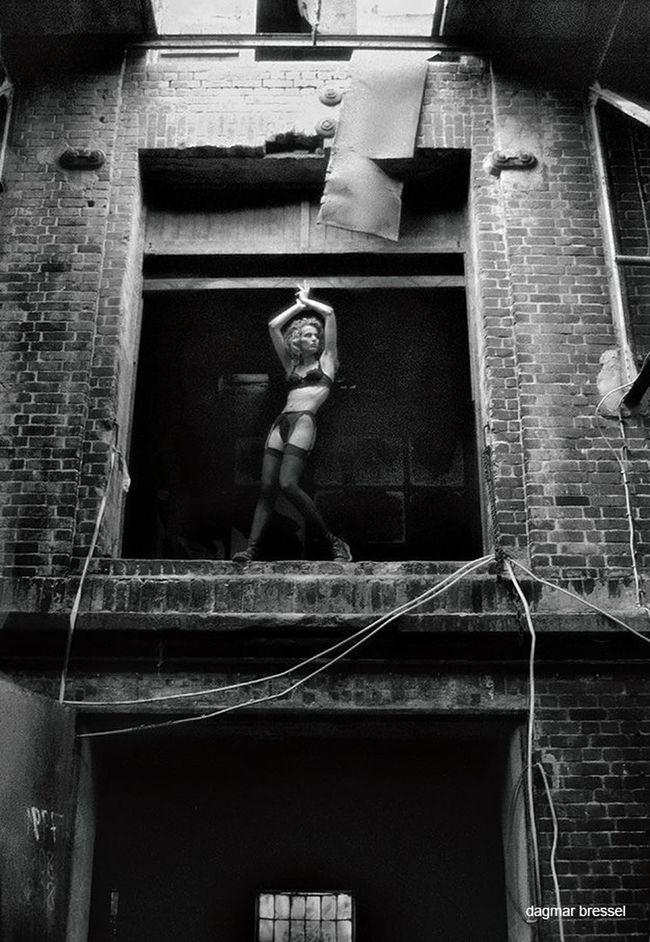 WeAreJuxt.com Noir Et Blanc Melancholy Shootermag Blancoynegro Momochrome Summer ☀ Monochromeart Black And White Collection  X😨w😦x Hamburg Model Fashion Vogue Fashionista Fashion Photography Lingerie
