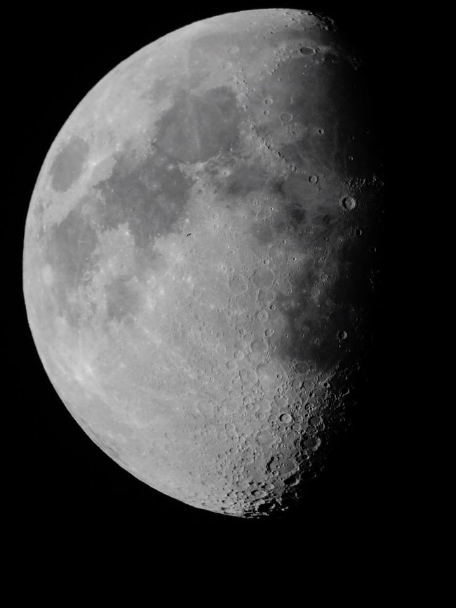 Moon Night Astronomy Scenics Mystery Majestic Beauty In Nature Tranquil Scene Dark Close-up Low Angle View Sky Moon Surface Planetary Moon Exploration Clear Sky Space Exploration Telescope CALI COLOMBIA Discovery photo by me
