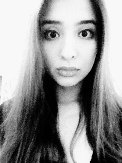 Hello World ThatsMe Taking Photo Face Goodevening  Eyes Eyeliner Blackandwhite