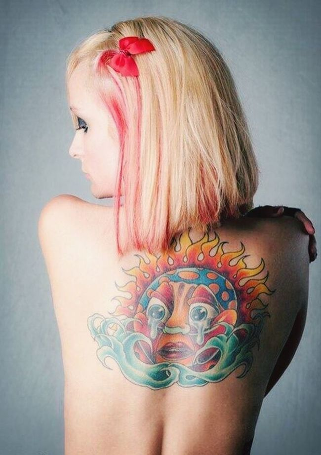 The photographer did a great job ob catching the essence of my back tattoo. SAFphotoshoot Model Tattoomodels Tattoogirl