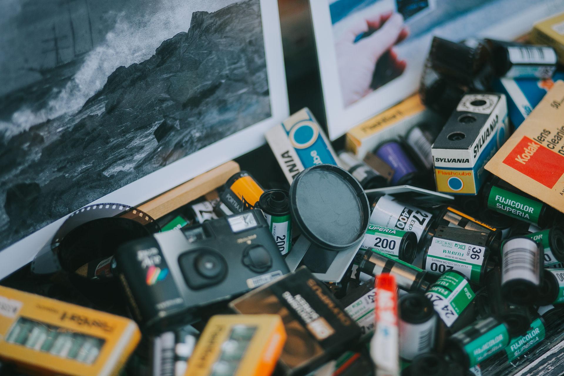 Antique Camera Film Kodak Konica Memories canon close-up day gift multi colored oldschool photo technology