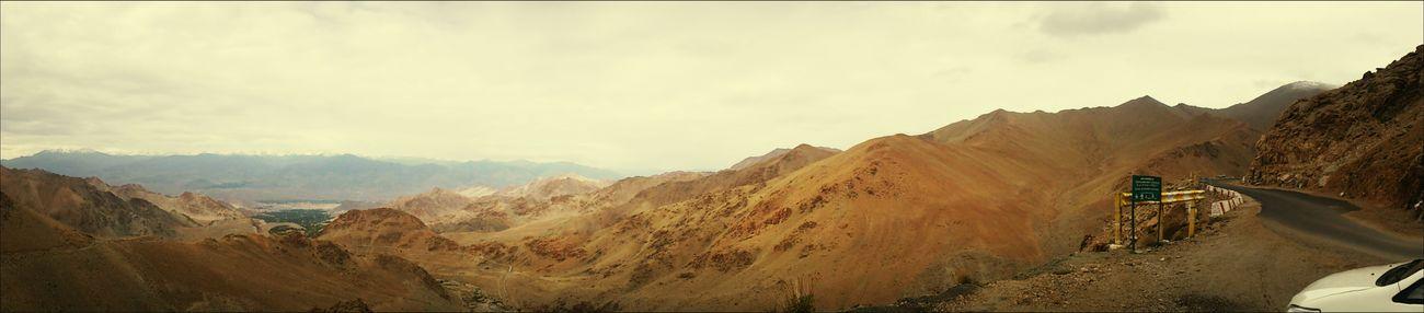 Panaromic Besttimeever Mountains Snow Valley Bestclick #worldshighestmotorableroad...