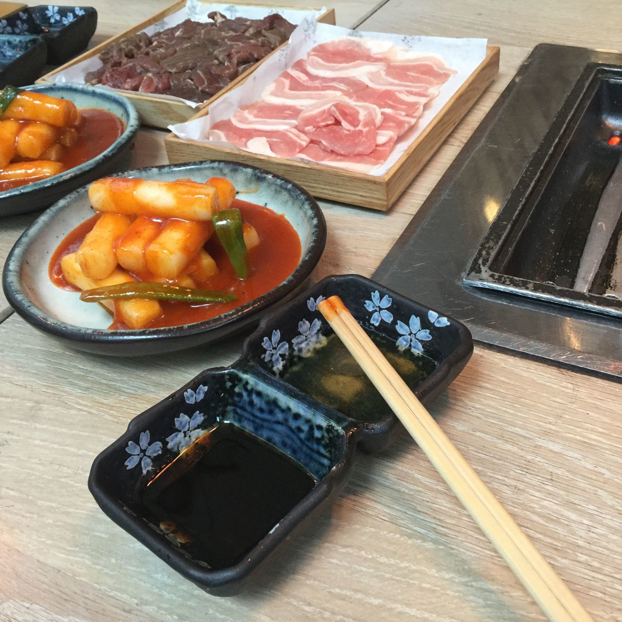 Visual Feast Food Food And Drink Meat Bowl High Angle View Freshness Table Indoors  No People Chopsticks Healthy Eating Ready-to-eat Close-up Day Korean Food Korea Food Barbecue Koreanbbq