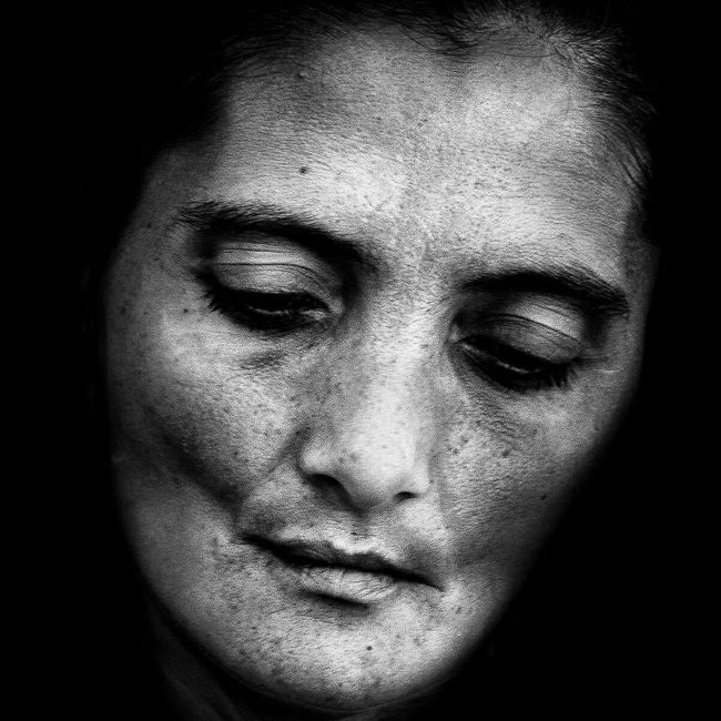 Anonymous portrait... Streetphotography Blackandwhite Street Portrait Streetphoto_bw Bw_portraits EyeEm Best Shots The Human Condition EyeEm Best Shots - Black + White EyeEmbnw RePicture Ageing The Portraitist - 2015 EyeEm Awards