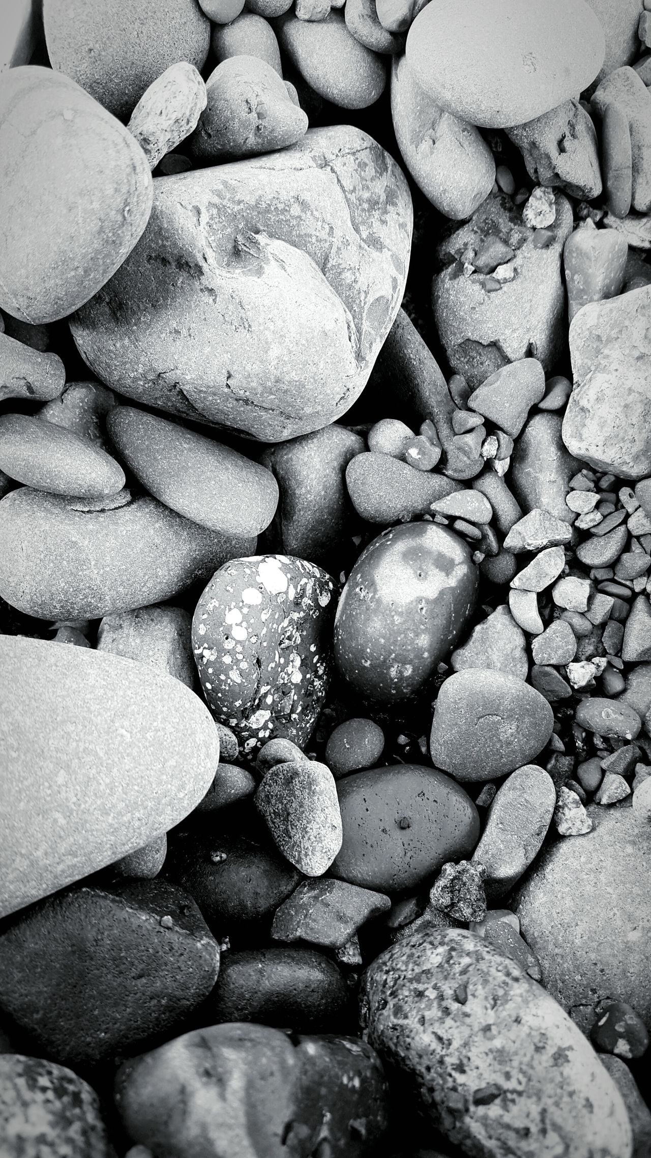 Maximum Closeness Pebble Beach Full Frame Pebble Beach Outdoors Freshness Close-up Coastline DuluthMN Rocky Lake Superior Stone - Object Tranquil Scene Beauty In Nature Pebble Beach Rock Full Length Backgrounds No People