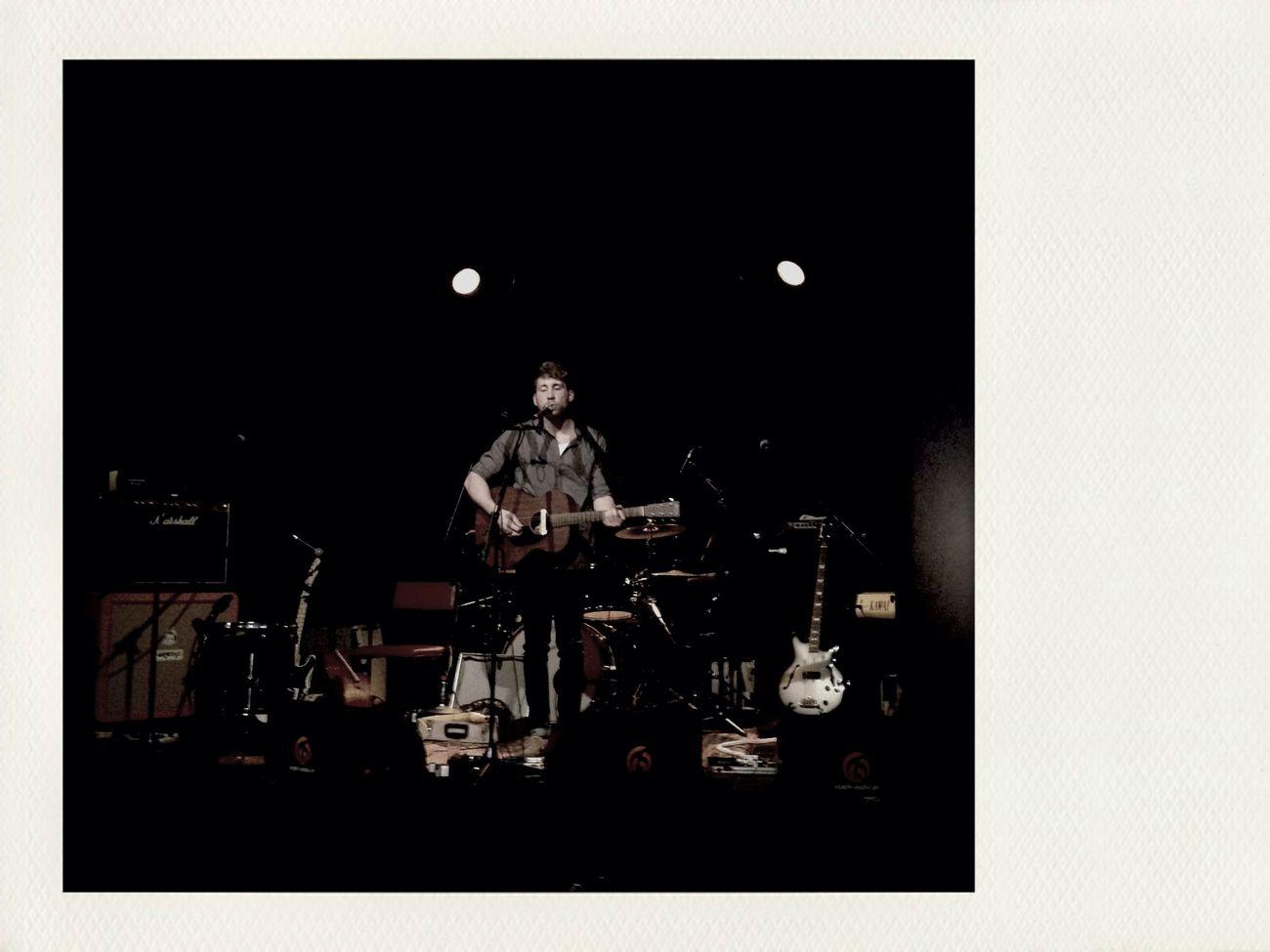 Kurz vor Gregor McEwan Bands@weltecho Awesome Music