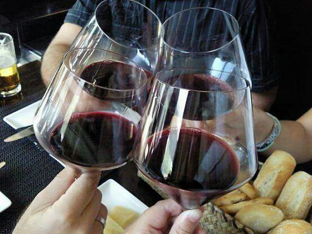 wineglass, wine, red wine, human body part, human hand, food and drink, holding, alcohol, people, adults only, adult, drink, drinking, close-up, one person, indoors, drinking glass, day, men, only women, winetasting, freshness