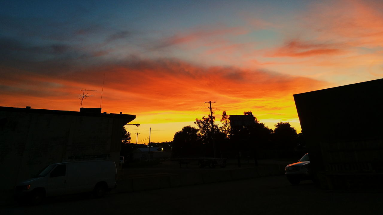 Good Morning Michigan First Eyeem Photo Sunrise Sunrise_sunsets_aroundworld Sunset Silhouettes Sun Rich Colors Beautiful Sky Beautiful Colors