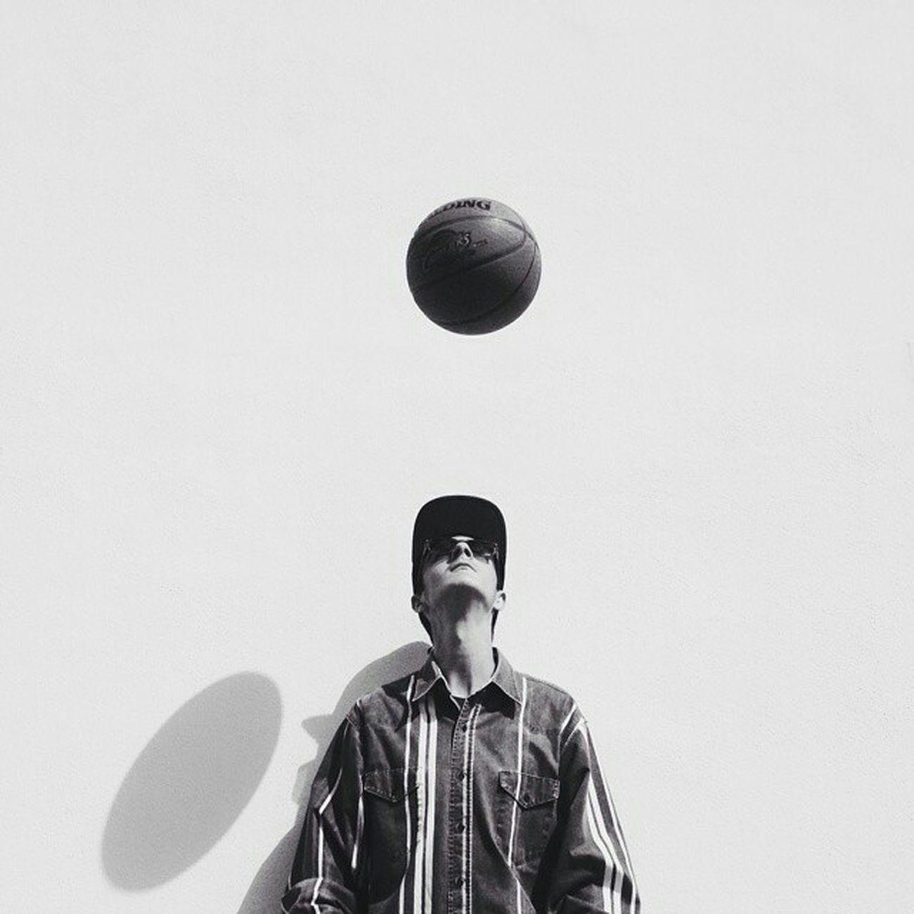 Creative Light And Shadow Bnw Bnwportrait Portrait Shootermag Basketball Bnw_captures Eyemblackandwhite