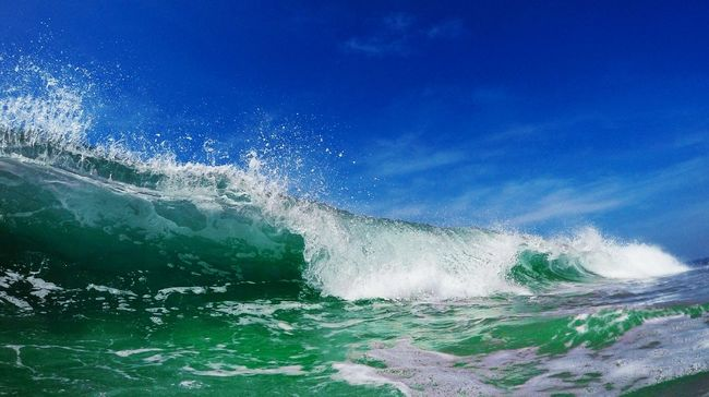Shorebreak Coldweather Waves Waves, Ocean, Nature Wavephotography Waterlust Spreadthelust Protecting Where We Play Showcase: December Water_collection GlassyWaters Incredibleindia Goprohero4