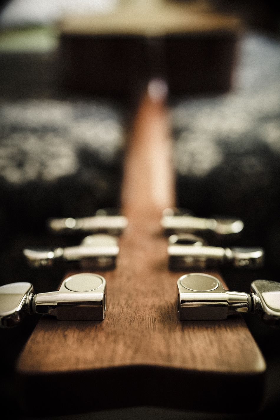 Gee-tar Guitar Shadows Close-up Musical Instrument Music 6 Strings Stringed_instrument Upside Down Downside Up