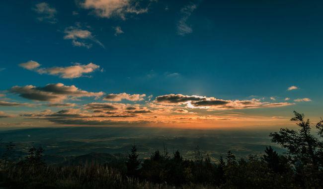 Sonnenuntergang über dem Markgräflerland Atmosphere Beauty In Nature Black Forest Blue Cloud - Sky Dramatic Sky Growth Hochblauen Kaiserstuhl Landscape Markgräflerland Mountain Nature Non-urban Scene Scenics Schwarzwald Sky Sunset Tranquil Scene Tranquility Tree WoodLand