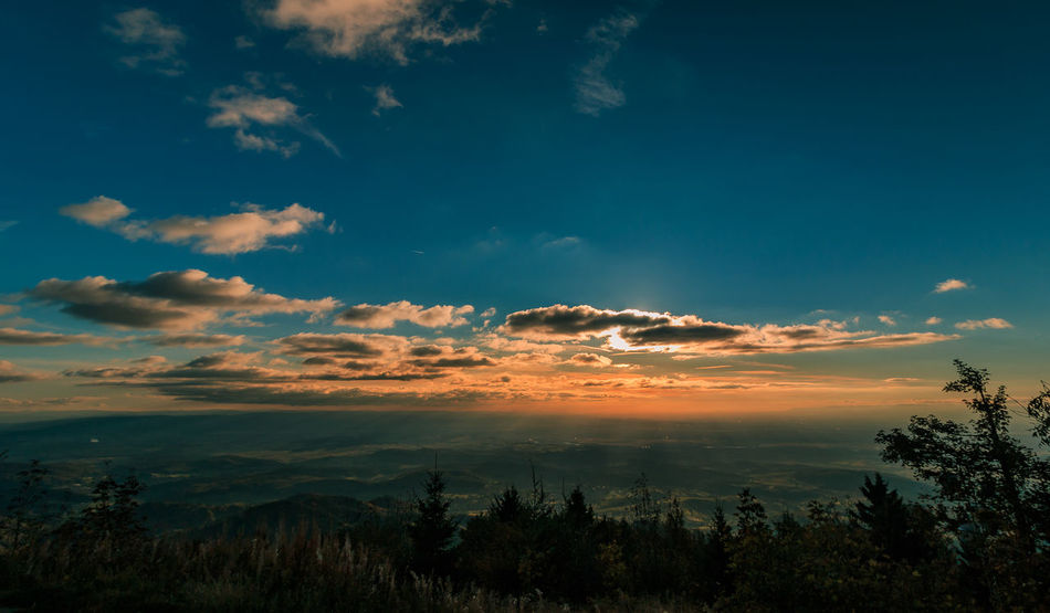 Sonnenuntergang über dem Markgräflerland Atmosphere Beauty In Nature Black Forest Blue Cloud - Sky Dramatic Sky Growth Hochblauen Kaiserstuhl Landscape Markgräflerland Mountain Nature Non-urban Scene Scenics Schwarzwald Sky Sunset Tranquil Scene Tranquility Tree WoodLand