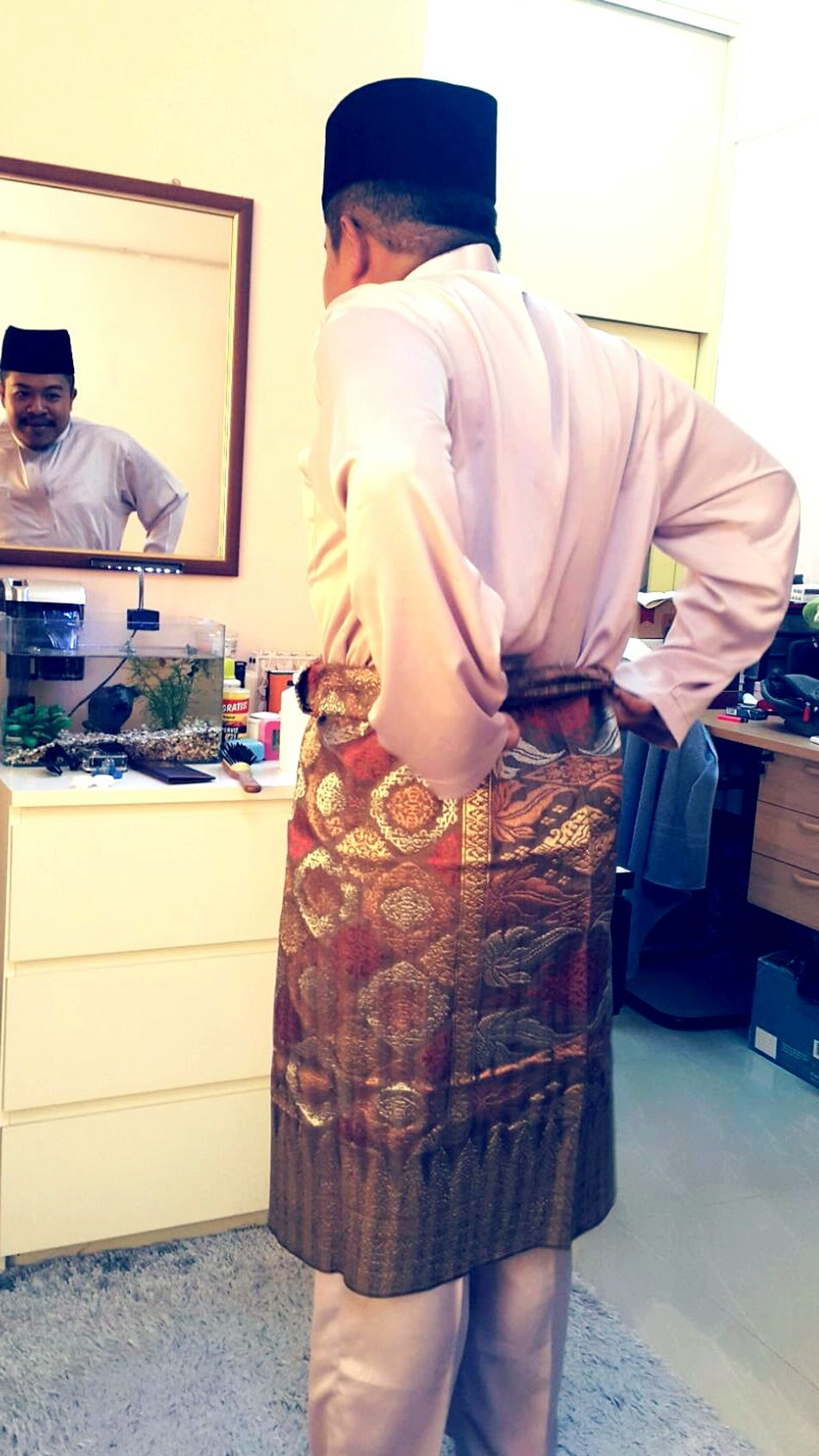 Trying Out Malay Suit for Eid Mubarak Songket Art Of Songket Melayu