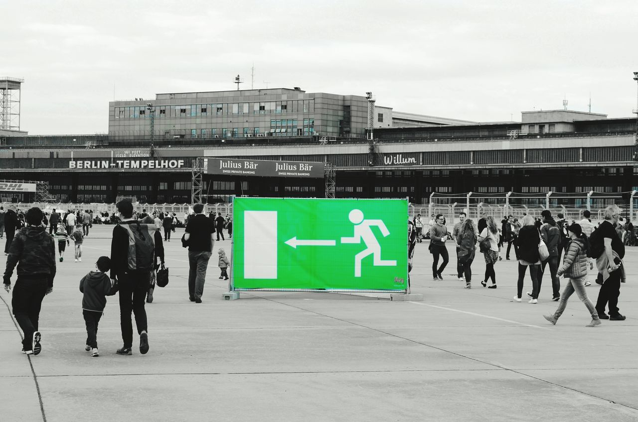 Capture Berlin Tempelhofer Feld Airport Runway Airport Emergency Exit Exit Notausgang Green Color Blackwhitecolour Outdoors Architecture Tempelhof New Sign City People Citylife Berliner Ansichten Singns Of Life Berlin Photography My Fucking Berlin My Fuckin Berlin Myfuckingberlin Traveling Home For The Holidays
