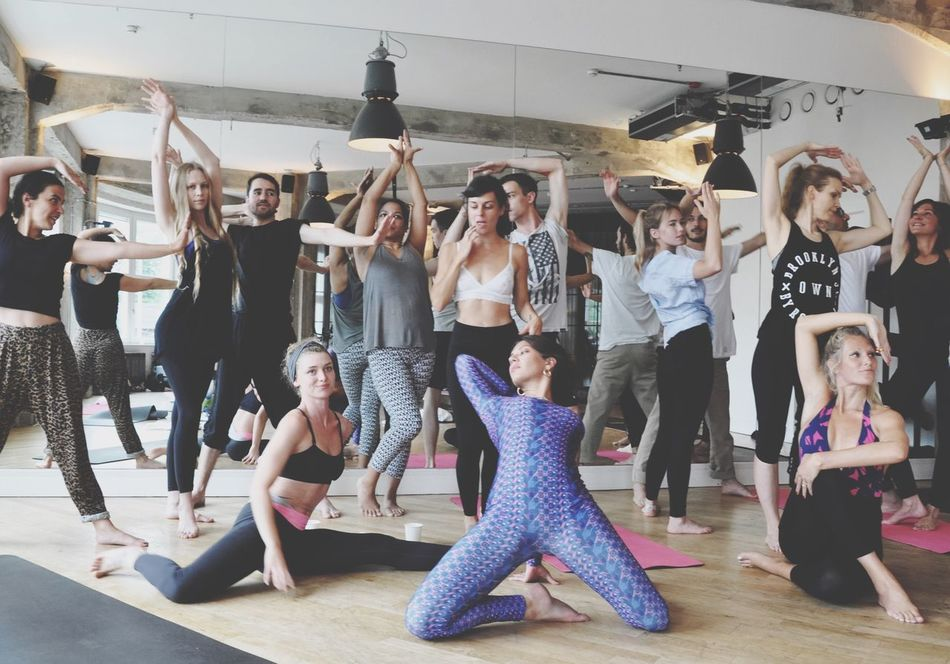 Channel your inner vogue! House of Voga at Soho Berlin Vogue Voga Yoga Yoga Pose Workout Yoga Class Photoshoot Fitness Sport Women