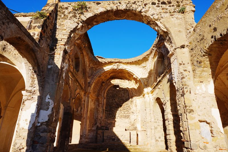 EyeEm Selects Old Ruin History Religion Architecture Travel Destinations Ancient Arch Sunlight Built Structure Ancient Civilization Church Open Roof
