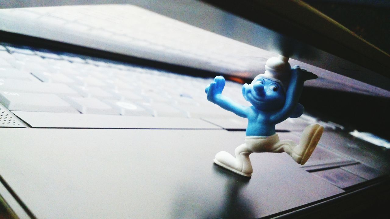 smurf want laptop ? Taking Photos Toy Photography The Smurfs