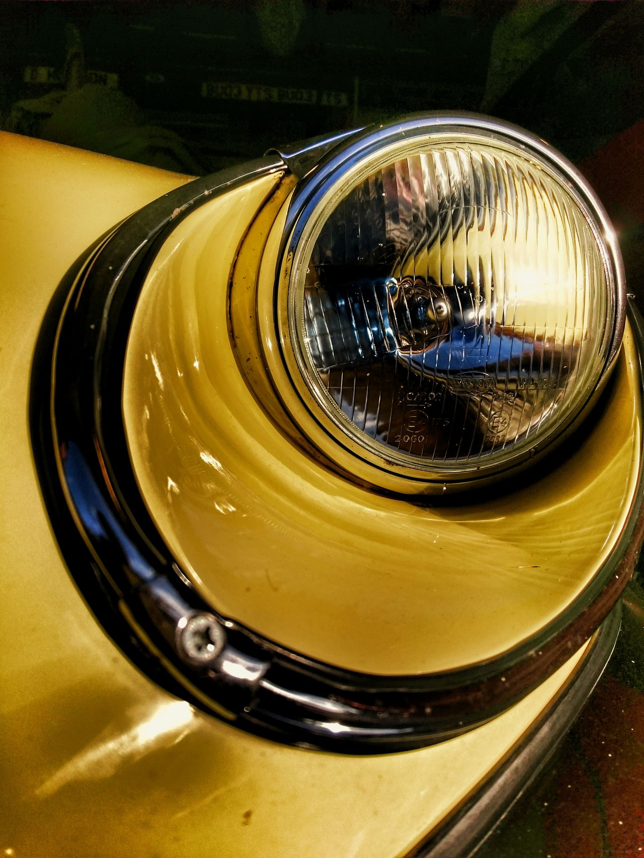 JAGUAR The World Needs More Yellow Classic Style Classic Elegance Blast From The Past Classic Classic Car Design Automotive Photography Headlight Jaguar XJ8 Jaguar Xj8 E Type Classic Beauty Chrome Sweet Chrome Curves And Lines