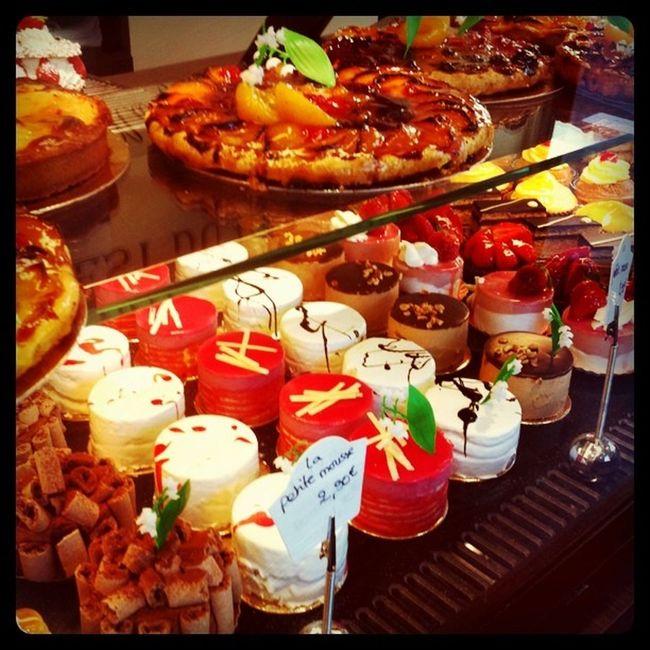 Pastries Patisseries Food Gateau