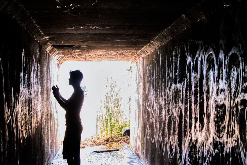 Silhouette Adult Day Spraying Water Standing Tunnel Beach Graffiti 55250 Malibu