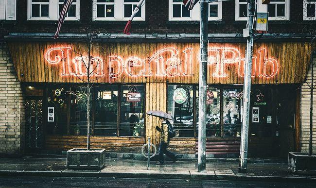 Toronto Streetphotography Street Photography Urbanphotography EyeEm Best Shots Urban Open Edit Cityscapes The Street Photographer - 2016 EyeEm Awards Taking Photos