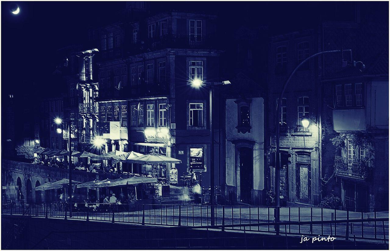 Ja Pinto EyeEn Porto Exhibition Taking Photos