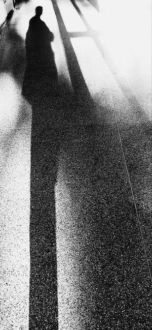 One Person Sunlight Sombra Y Luz Someone Silhouette