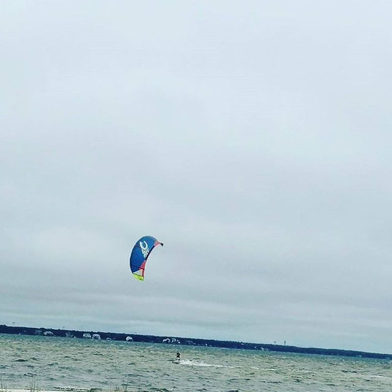 Even on a Nasty Cold day some people still find fun and great use of a Windy day Kiteboarding Okaloosaisland LoveFl Emeraldcoast Emeraldcoasting HTCOneM9 Htconelife Oneography 20 .7mp @htc @HTCUSA @HTC_UK @HTCelevate @HTCMEA @HTC_IN @HTCIreland @HTCCanada @HTCMalaysia @htcsouthasia @htcfrance TeamHTC IBleedGreen @sharealittlesunshine @pureflorida Beachlife