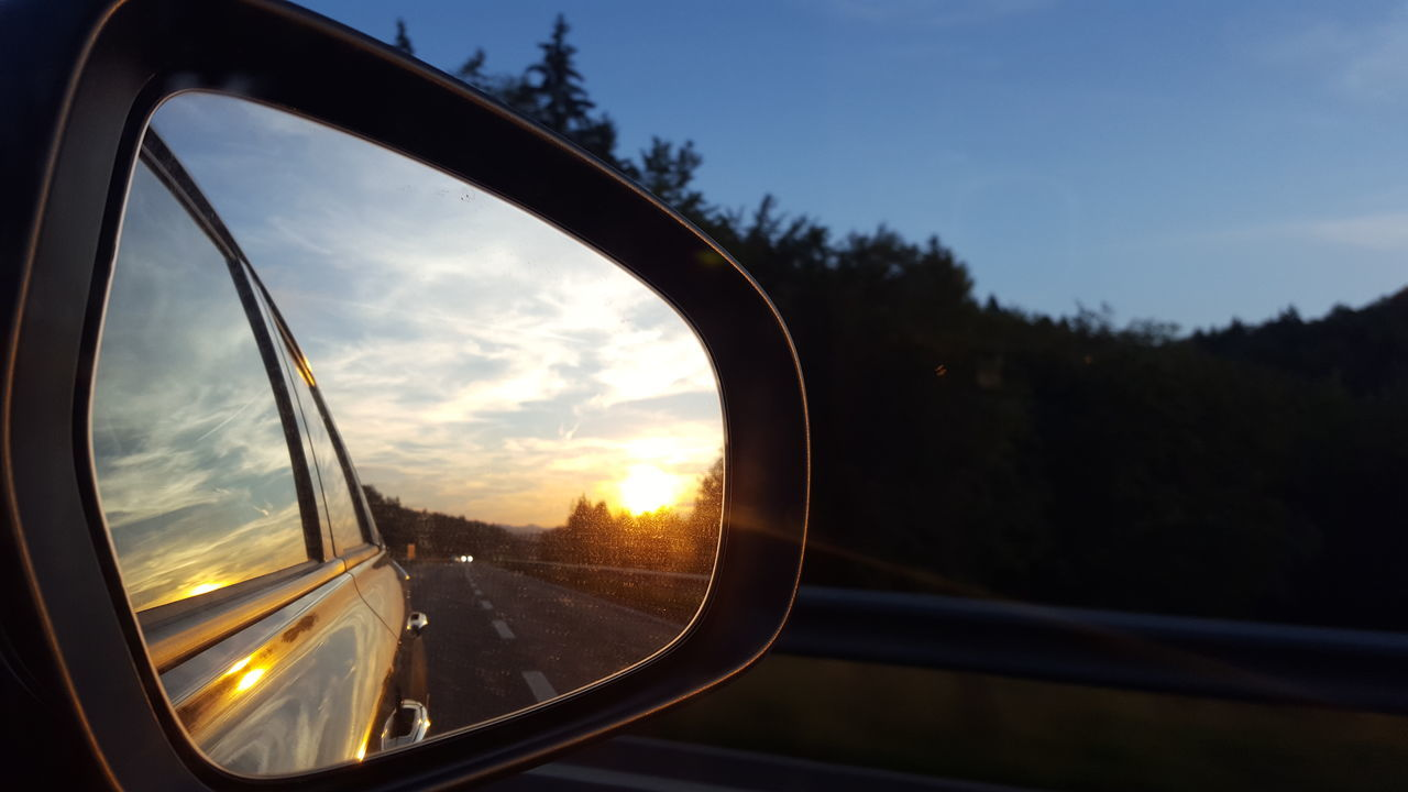 Check This Out On The Road Sunset #sun #clouds #skylovers #sky #nature #beautifulinnature #naturalbeauty #photography #landscape Sunset_collection Beautiful Mirror Picture