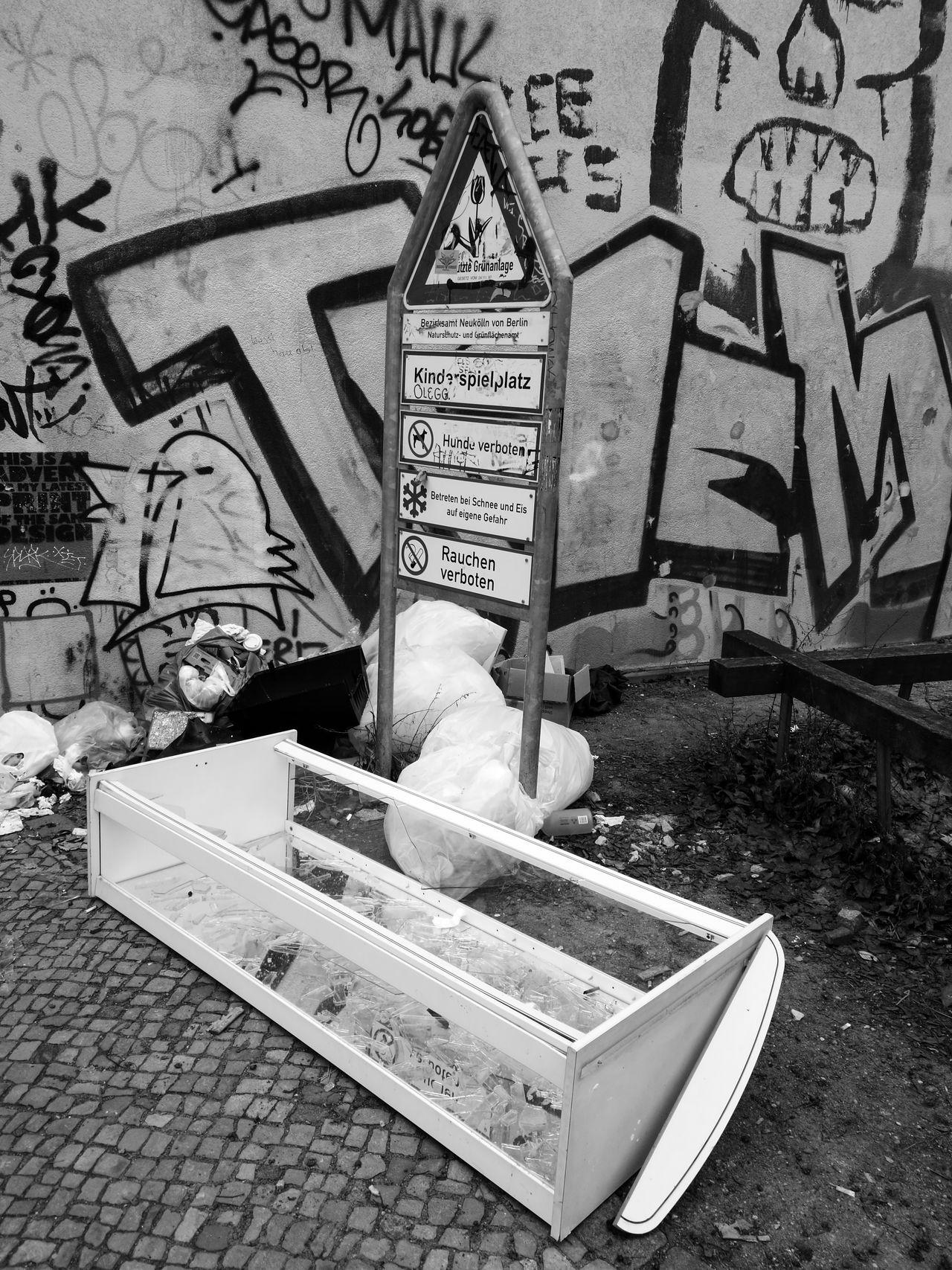 Berlin Berlin Photography Berliner Ansichten Day Dreck Garbage Müll Neukölln Street Text Waste Wasted