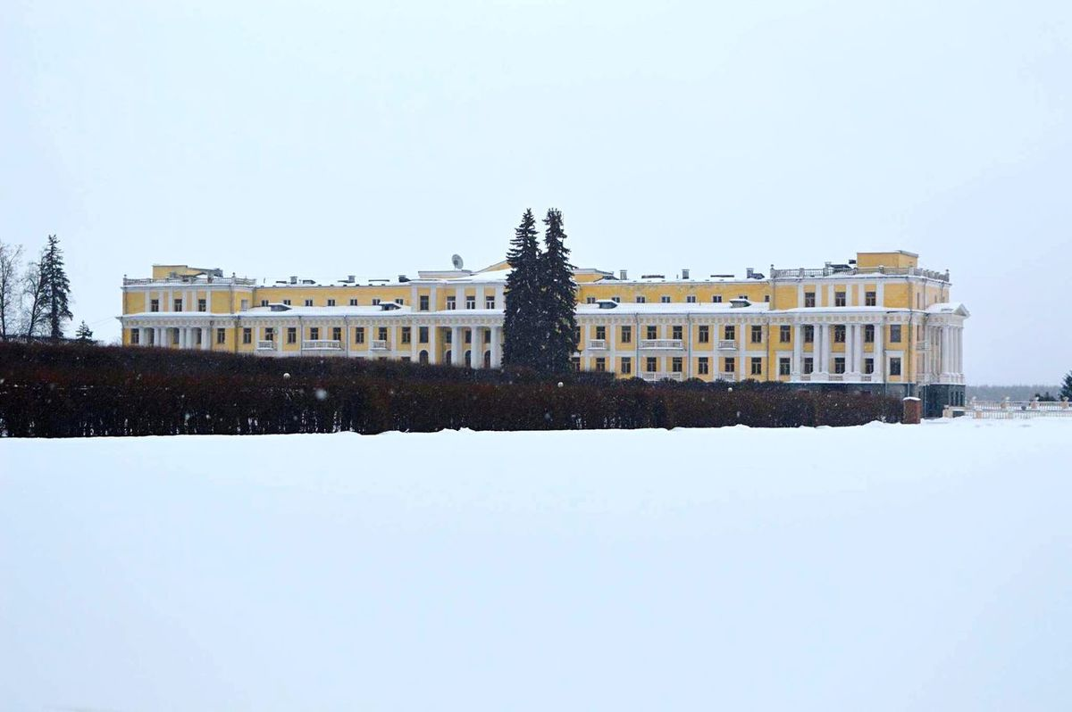 Architecture Built Structure Travel Destinations Building Exterior Tourism Winter Day Moscow, Москва Moscow Russia Architecturelovers Architectural Column Architecture Architecture_collection Building